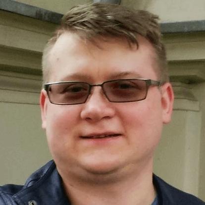 Rafał Warzycha / Front-End Expert